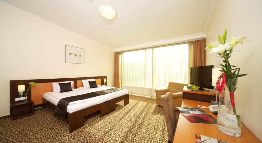 Image #8 - Hotel Ambra - Budapest