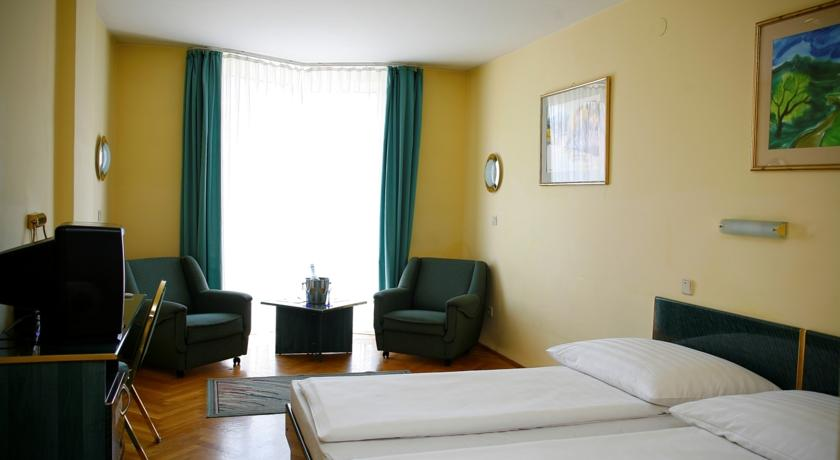 Image #2 - Hotel Bara - Budapest