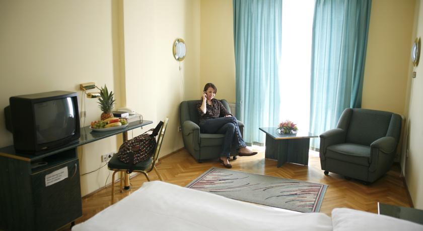 Image #4 - Hotel Bara - Budapest