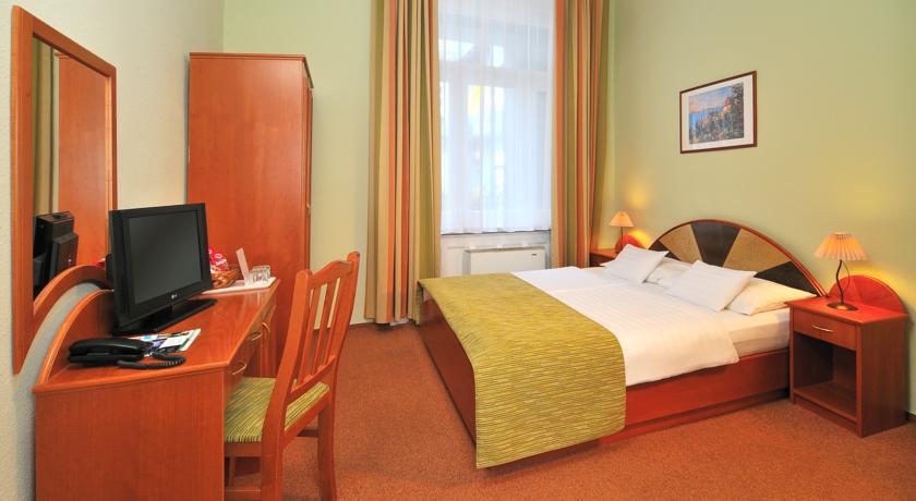 Image #2 - Baross City Hotel - Budapest