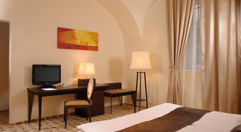 Image #2 - Buda Castle Hotel - Budapest