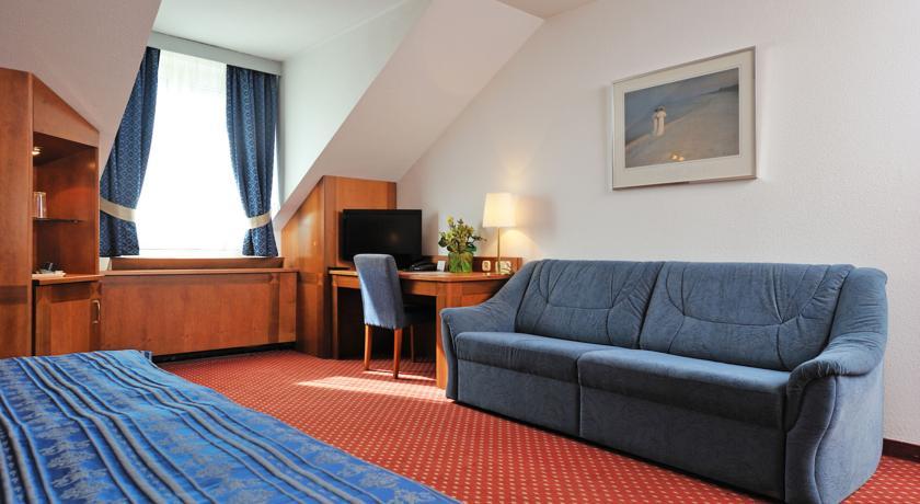 Image #4 - Hotel Carlton - Budapest