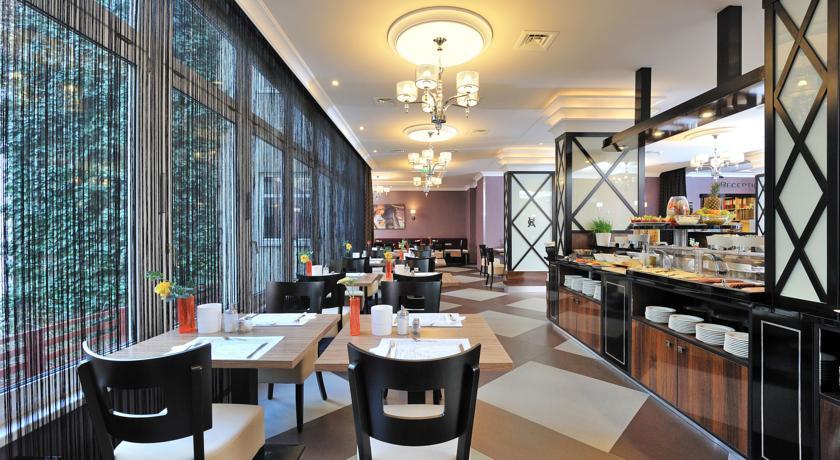 Image #12 - Hotel Carlton - Budapest