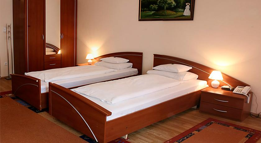 Image #2 - Triple M Hotel - Budapest