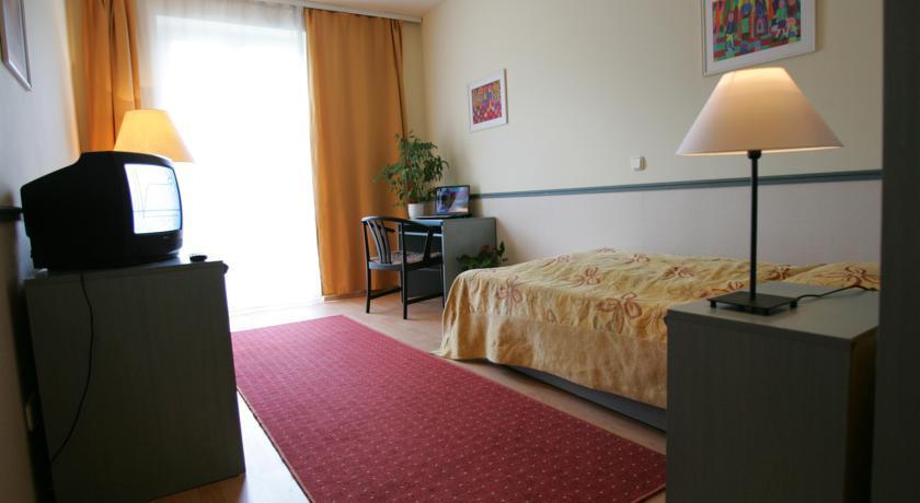 Image #3 - Hotel Corvin - Budapest