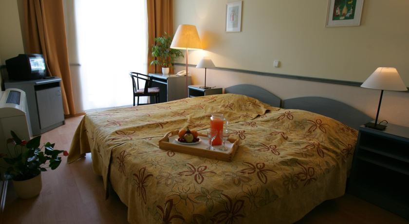Image #6 - Hotel Corvin - Budapest