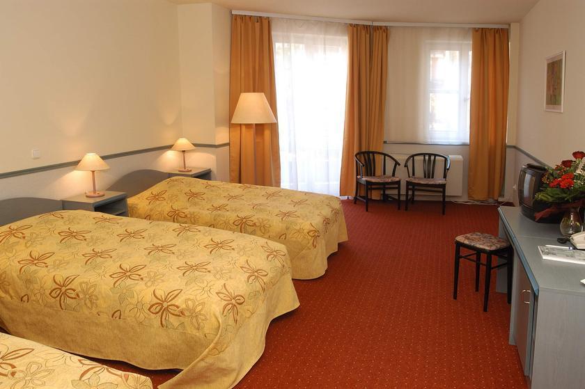 Image #8 - Hotel Corvin - Budapest