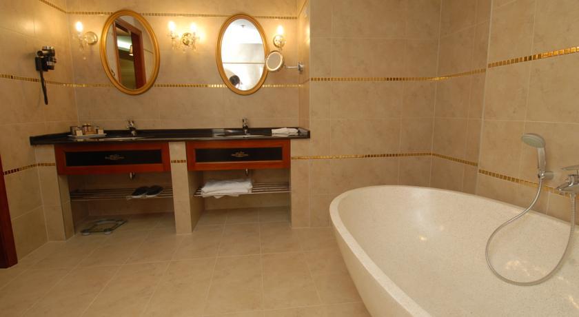 Image #7 - Hotel Divinus - Debrecen