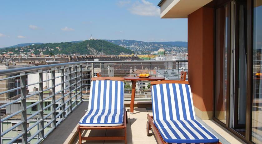 Image #2 - Fraser Residence - Budapest