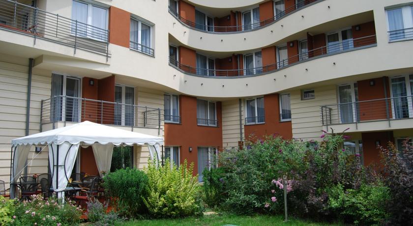 Image #4 - Fraser Residence - Budapest