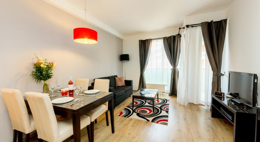 Image #12 - Fraser Residence - Budapest