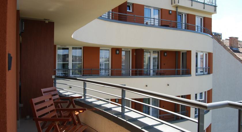 Image #23 - Fraser Residence - Budapest