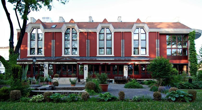 Image #1 - Golden Ball Club Hotel & Fitness - Győr