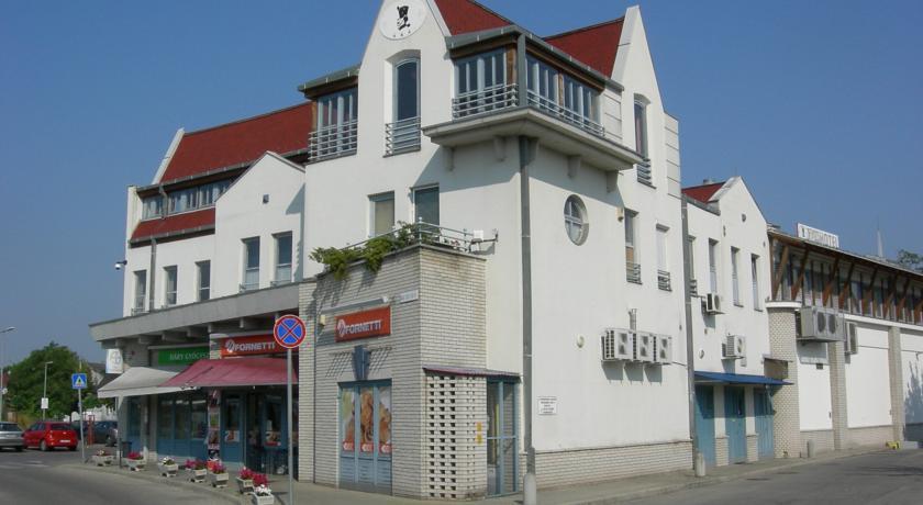 Image #1 - Hotel Háry - Kecskemét