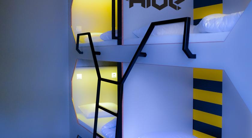 Image #8 - The Hive Party Hostel Budapest - Budapest