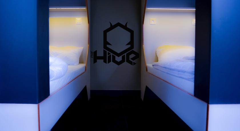 Image #10 - The Hive Party Hostel Budapest - Budapest