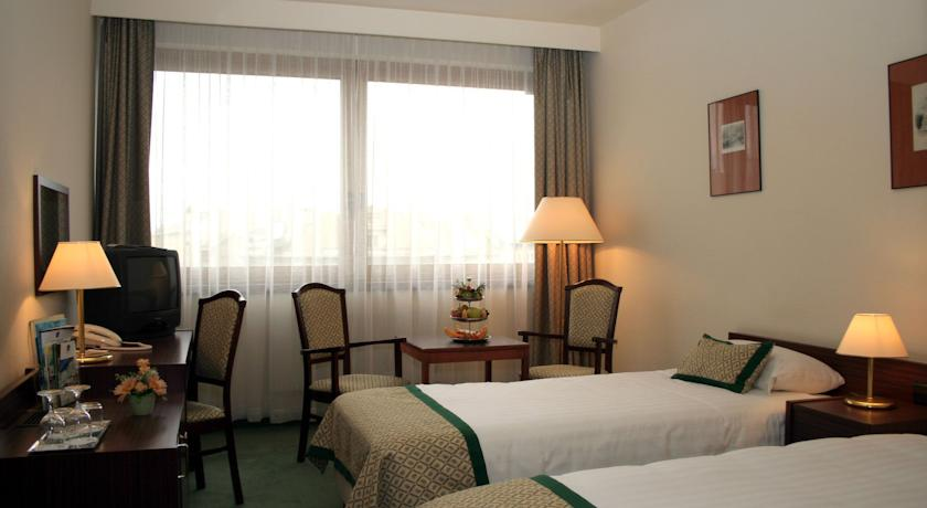Image #3 - Hotel Hungaria City Center - Budapest