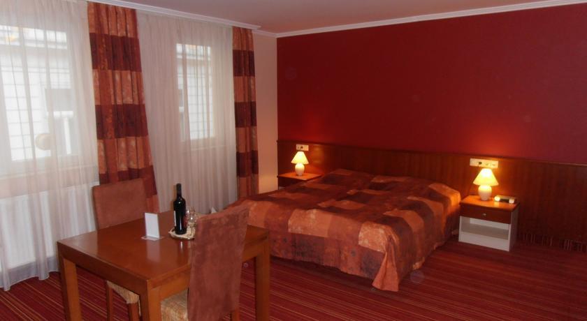 Image #2 - Ibis Budapest City Hotel - Budapest