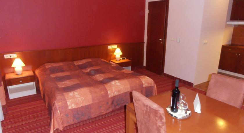 Image #3 - Ibis Budapest City Hotel - Budapest