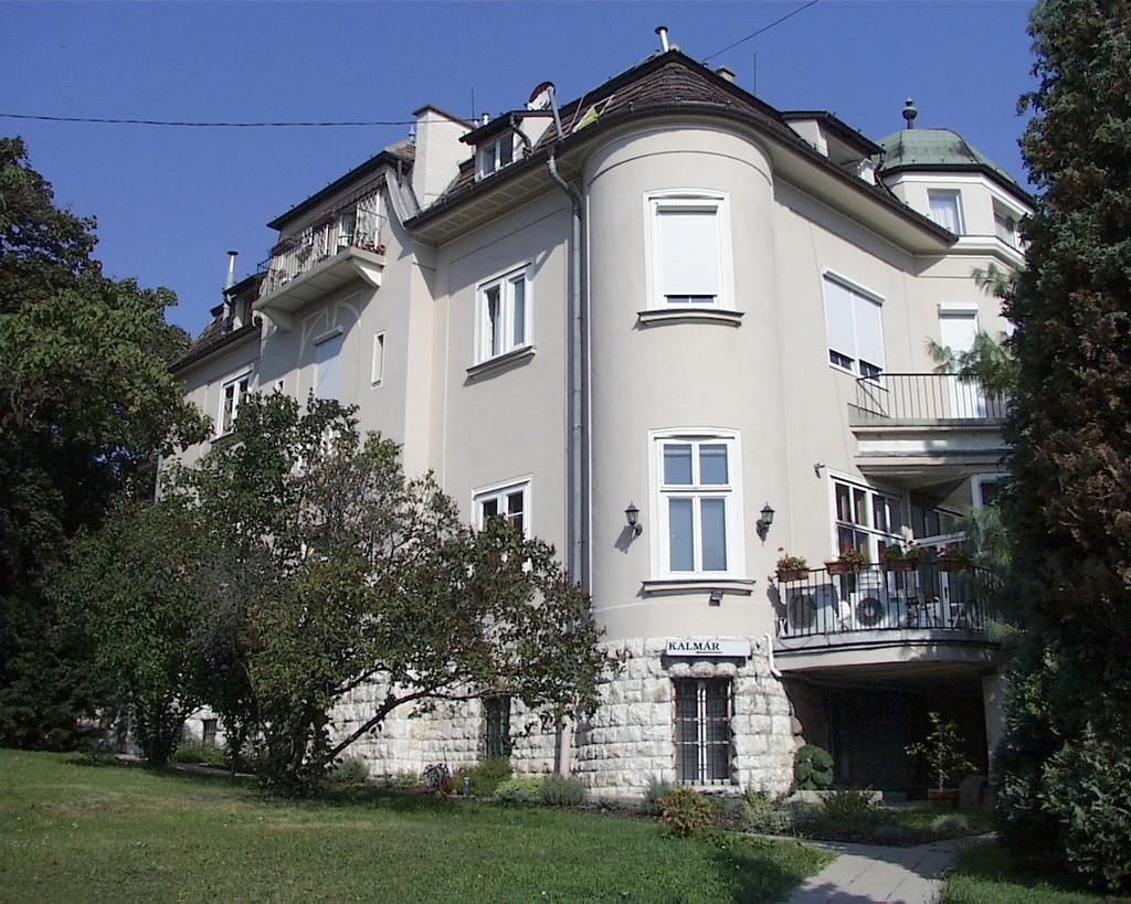 Image #1 - Kalmár Panzió - Budapest