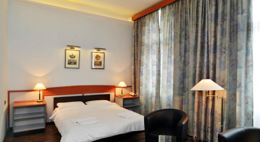 Image #2 - Hotel Korona Nyiregyháza - Nyíregyháza