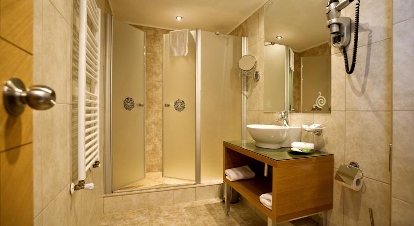 Image #2 - Hotel Marmara - Budapest