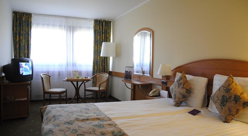 Image #4 - Mercure Budapest Buda Hotel - Budapest
