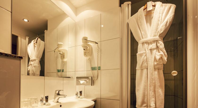 Image #11 - Mercure Budapest Buda Hotel - Budapest