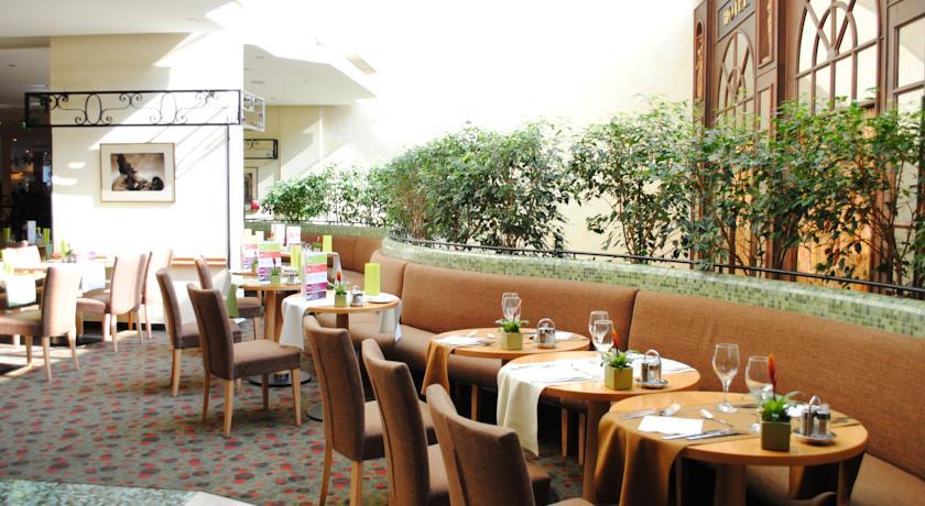 Image #13 - Mercure Budapest Buda Hotel - Budapest