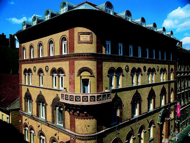 Image #1 - Hotel Museum - Budapest