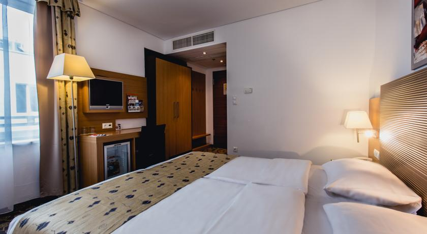Image #5 - Hotel Museum - Budapest