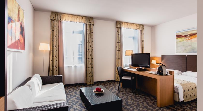 Image #7 - Hotel Museum - Budapest