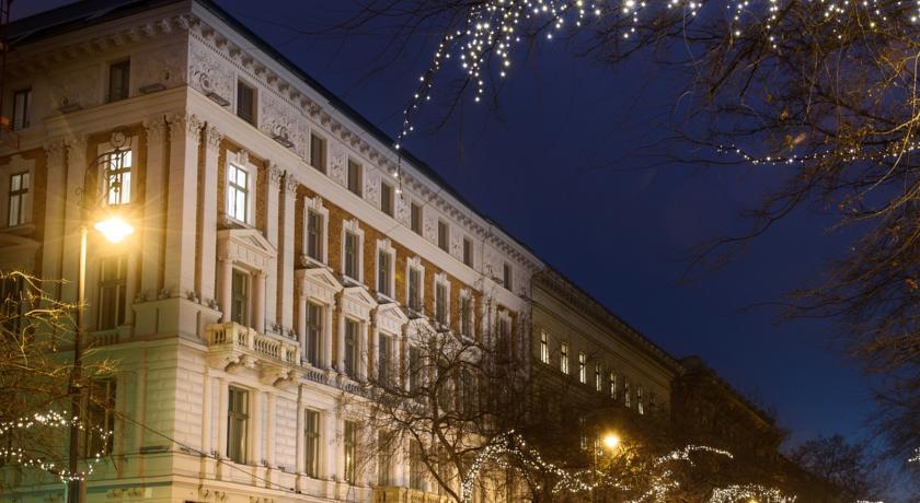 Image #2 - Hotel Moments - Budapest