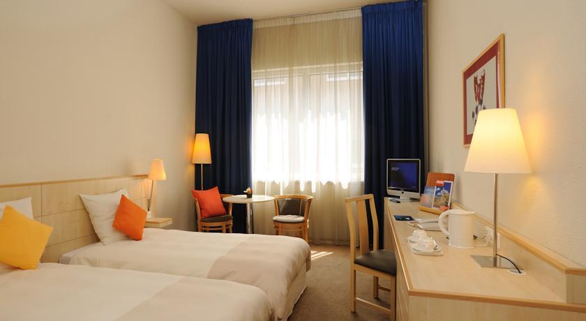 Image #2 - Novotel Budapest Centrum Hotel - Budapest