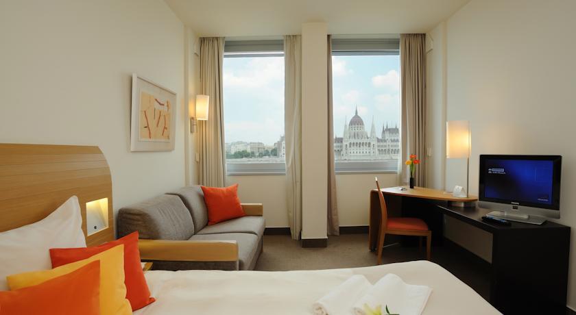 Image #2 - Novotel Budapest Danube Hotel - Budapest