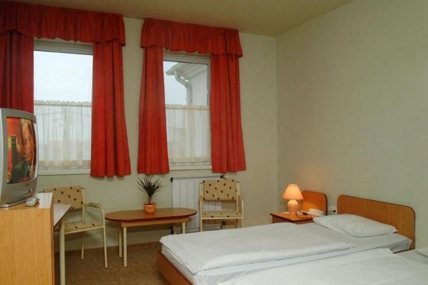 Image #2 - Hotel Platán - Debrecen