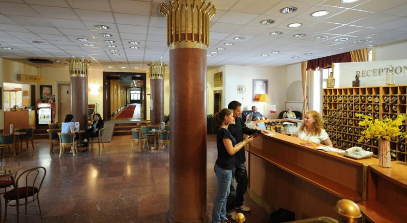 Image #2 - Hotel Platanus - Budapest