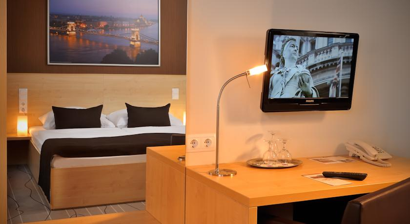 Image #4 - Hotel Promenade - Budapest