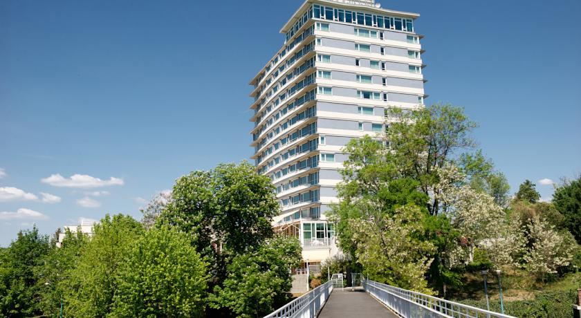 Image #1 - Ramada Hotel Balaton - Balatonalmádi