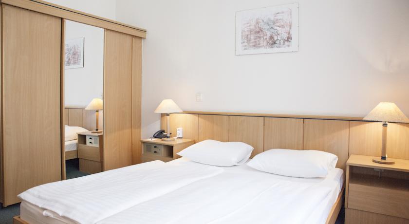 Image #2 - City Hotel Ring - Budapest