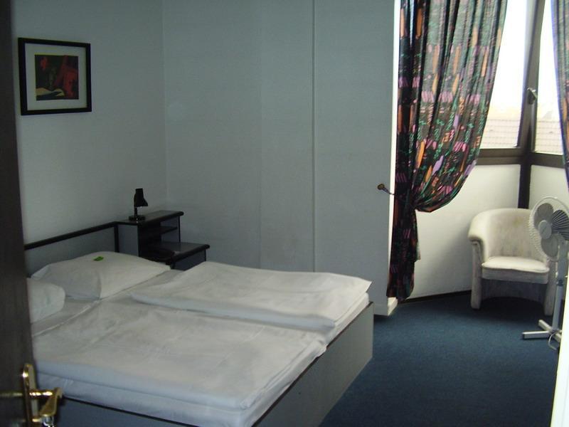 Image #2 - Hotel Thomas - Budapest